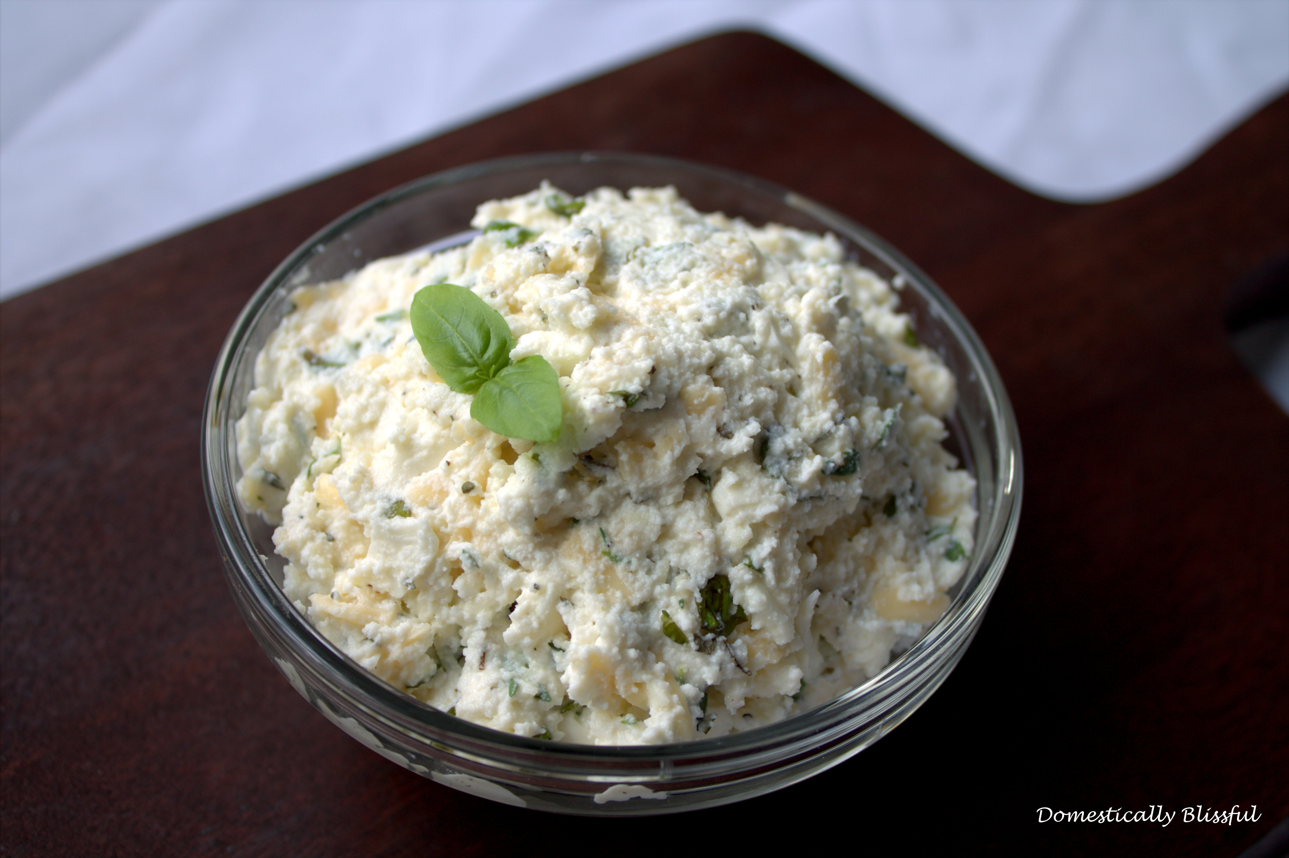 Delicious Herbed Ricotta Cheese