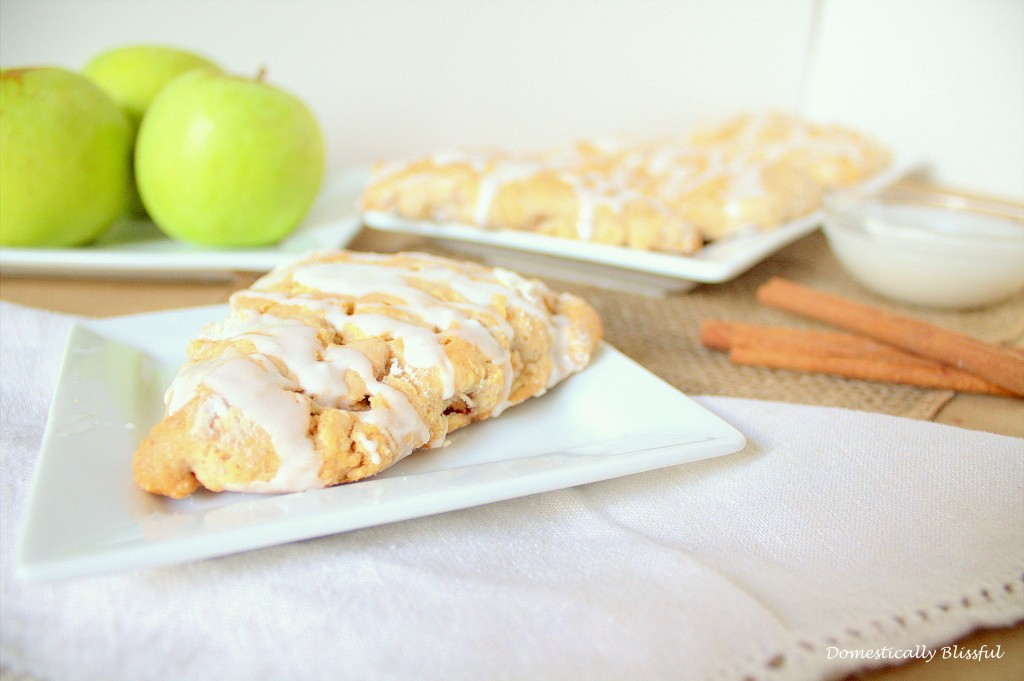 Fresh Apple Cinnamon Scones