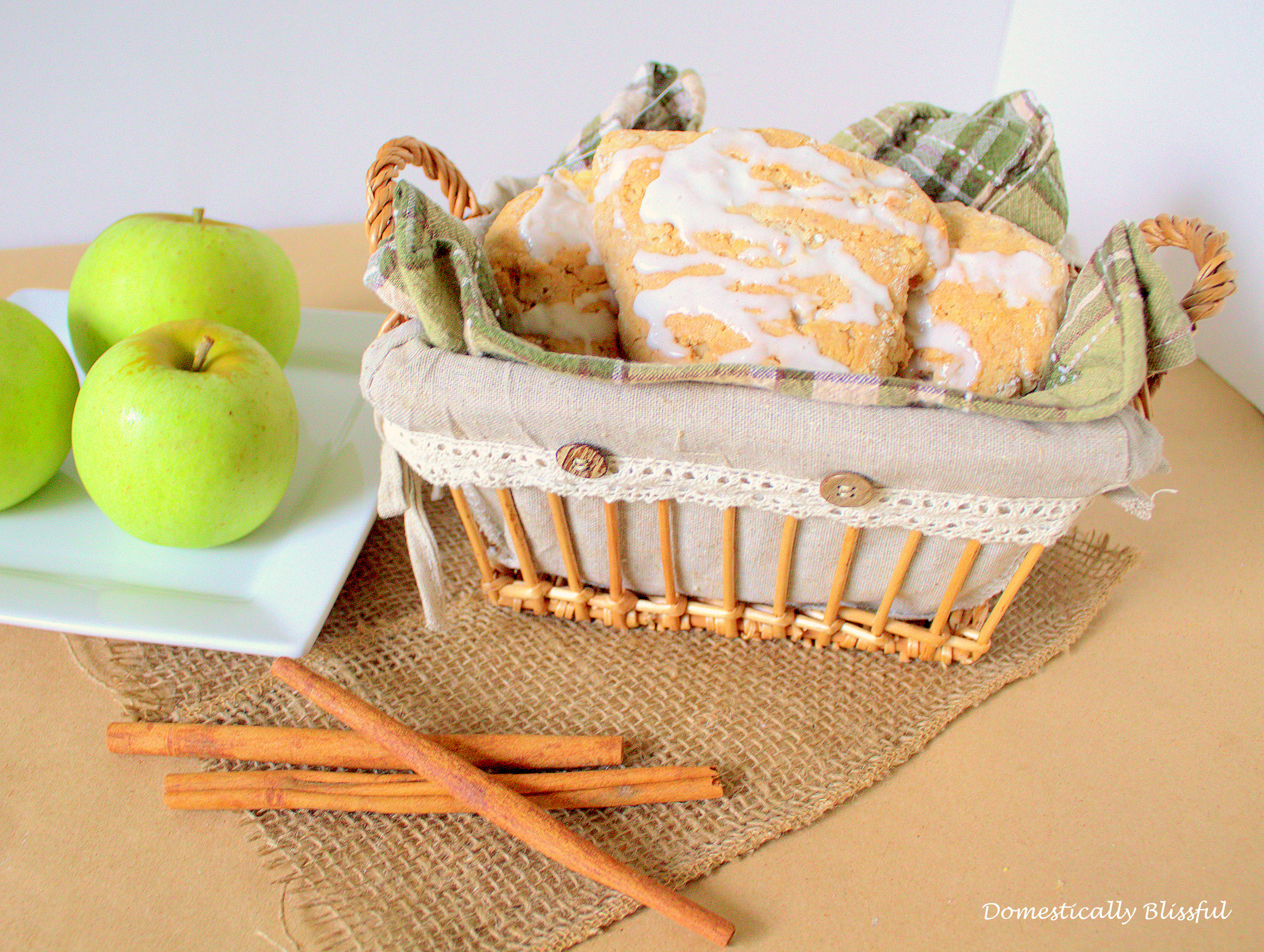 Hot Apple Cinnamon Scones