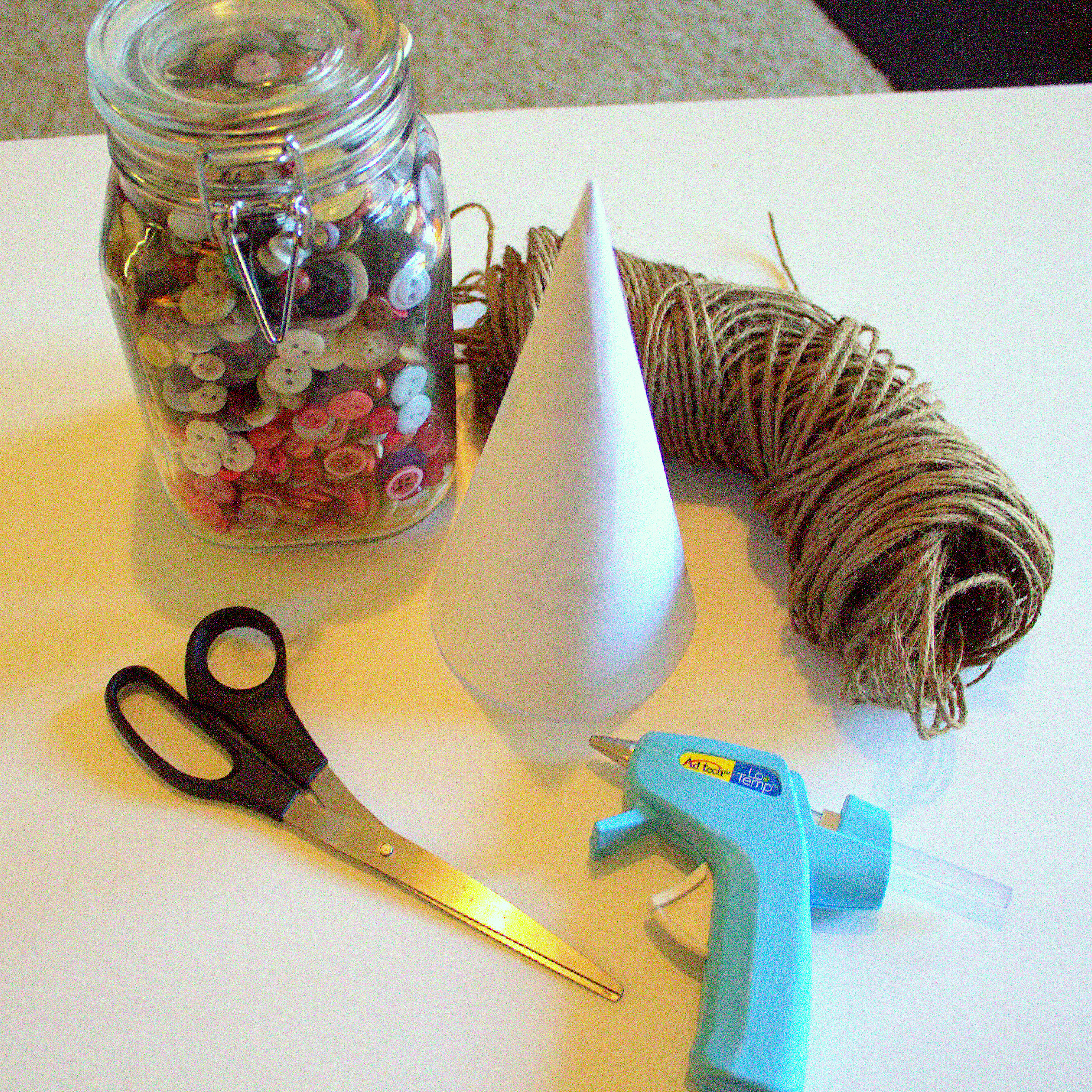 supplies needed for a twine Christmas tree