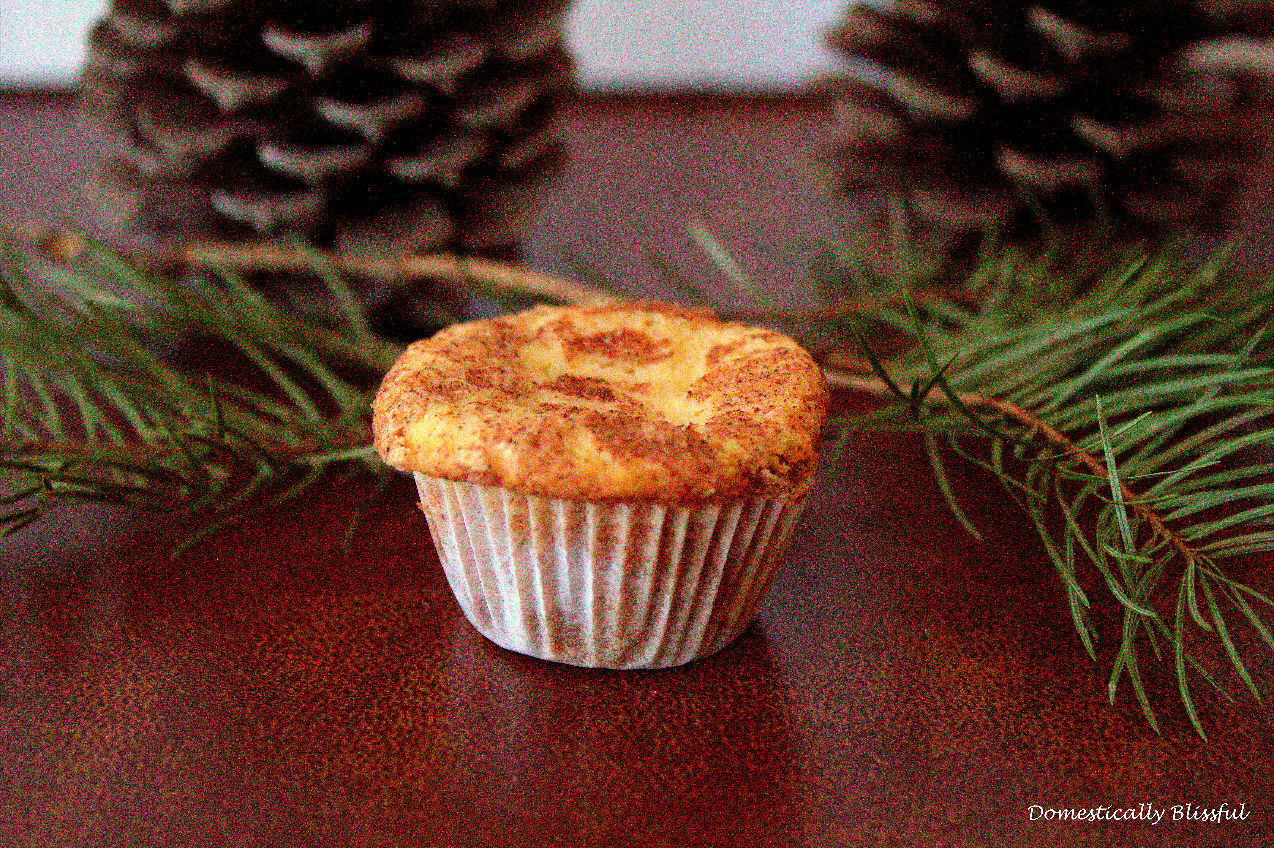 Mini Christmas Snickerdoodle Muffins