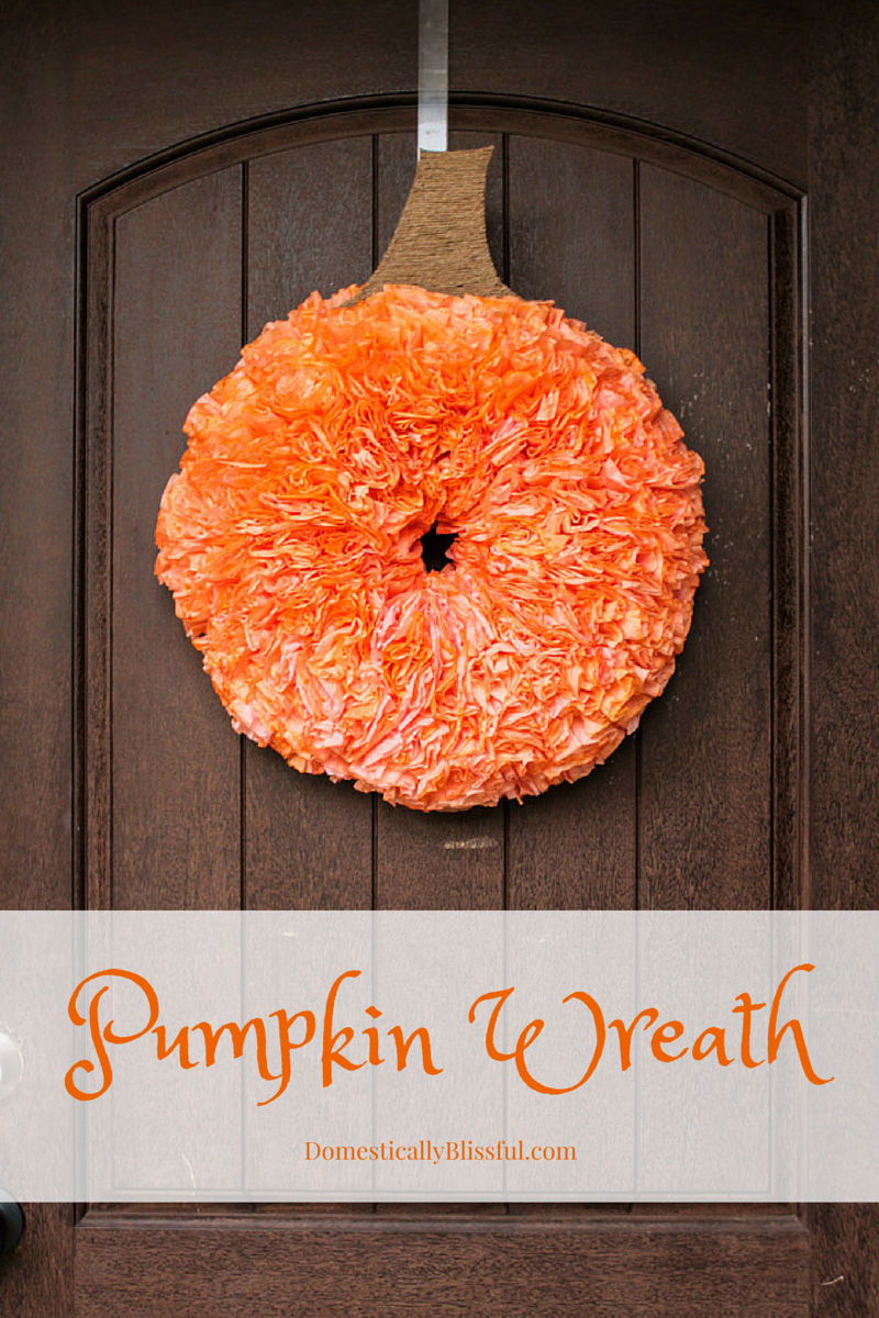 Diy pumpkin wreath for Homemade thanksgiving decorations for the home