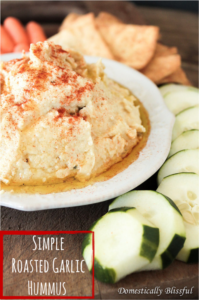 Simple Roasted Garlic Hummus
