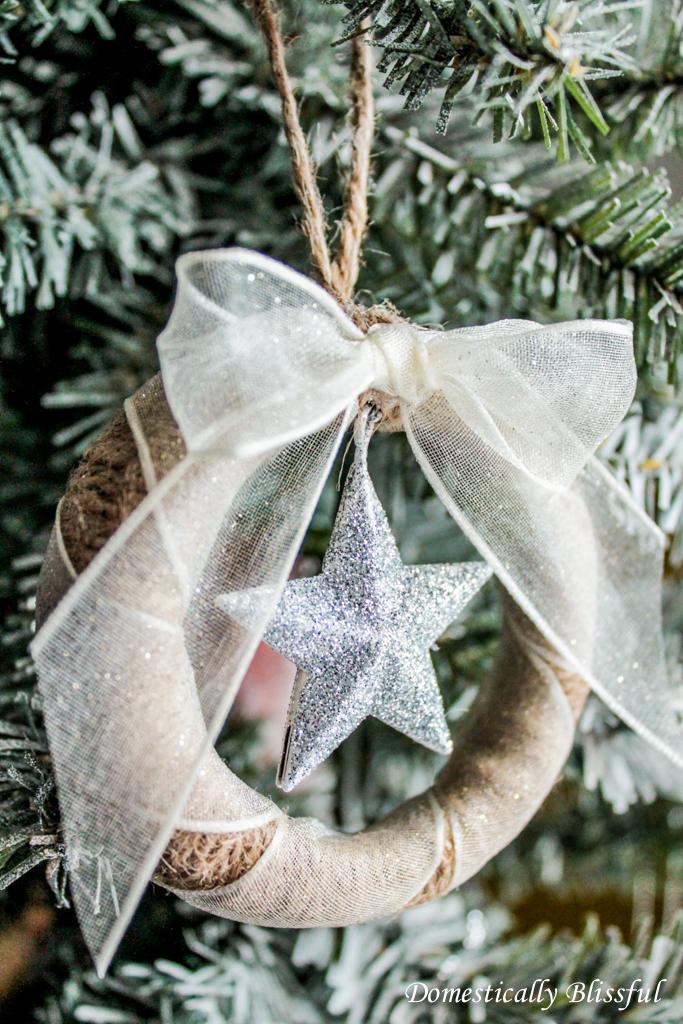 DIY Mason Jar Lid Ornament with Star