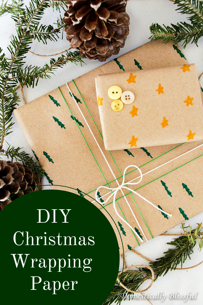 DIY Christmas Wrapping Paper via Lou Lou Girls