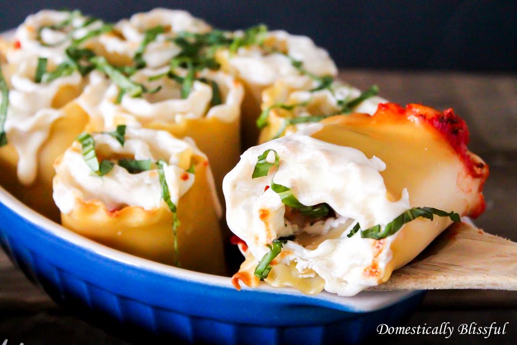 Appetizer Caprese Lasagna Roll Ups