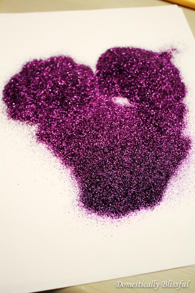 Sprinkle glitter on Cat Silhouette