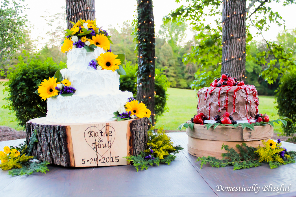 Wedding Cake & Grooms Cake