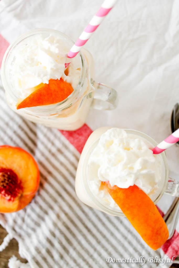 Creamy Peach Milkshake