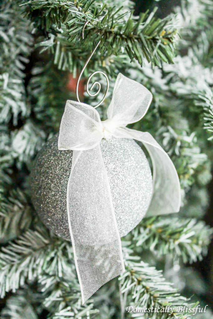 DIY Glitter Ornament