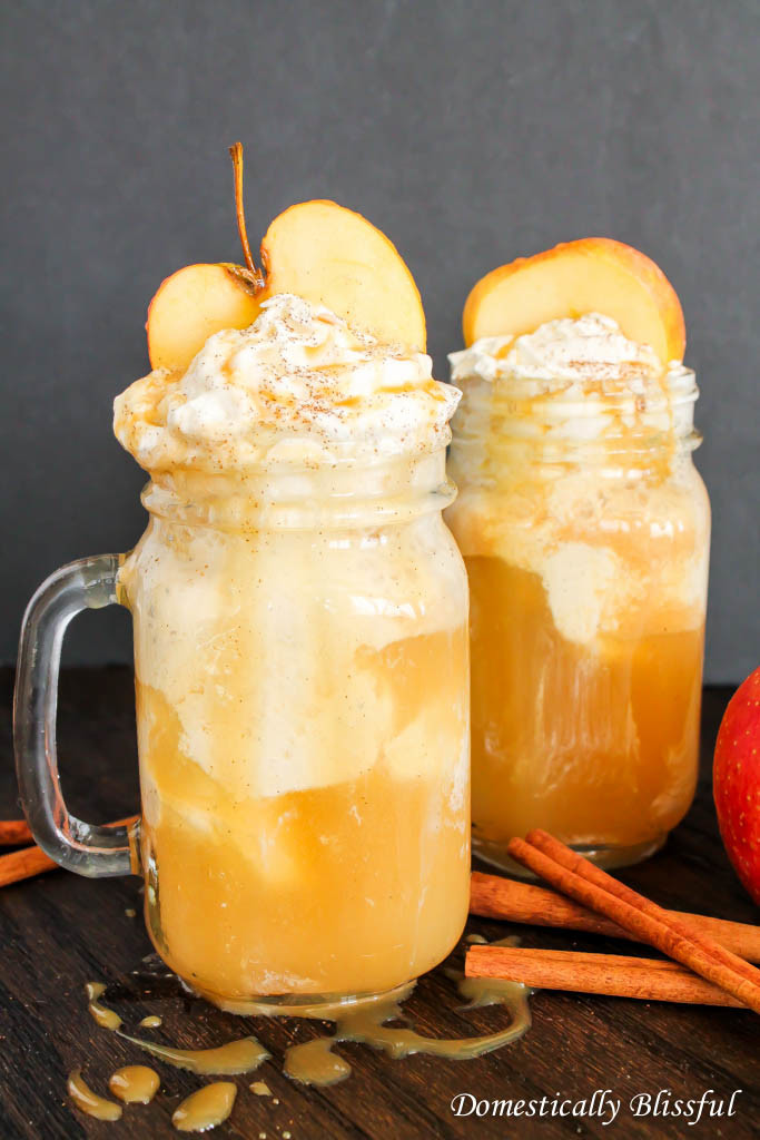 Fall Sparkling Apple Cider Floats