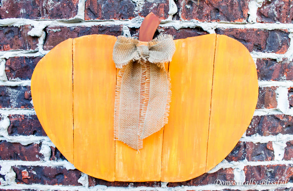 Faux Wood Pumpkin Sign