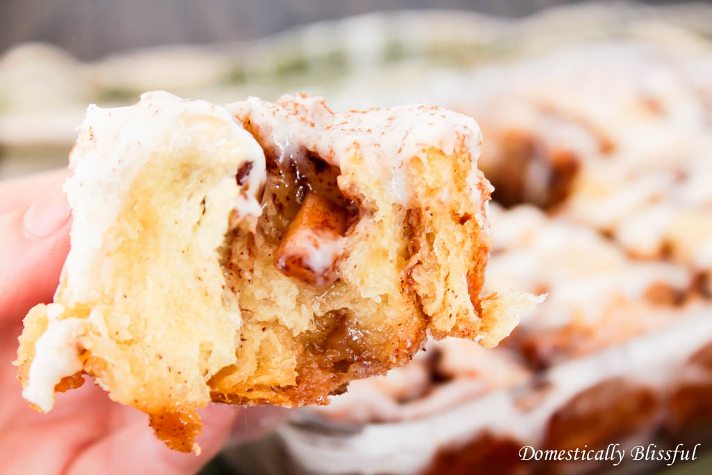 Quick Apple Cinnamon Rolls