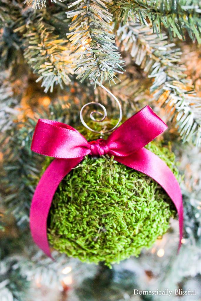 Moss Christmas Ornament tutorial