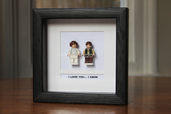 Star Wars Framed Mini Figures Han & Leia made from Lego