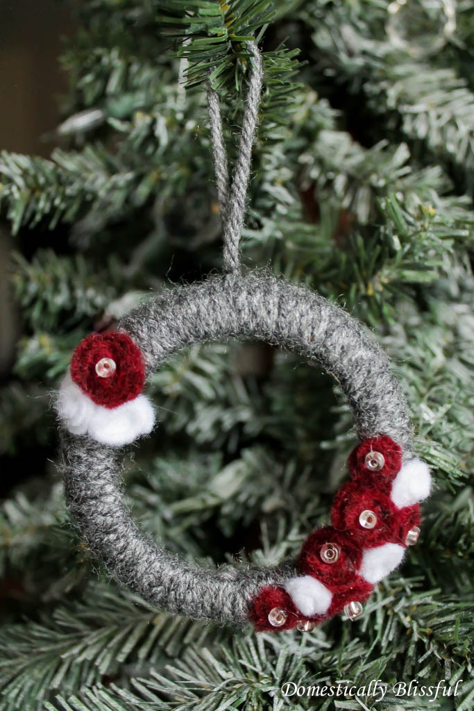 Yarn Mason Jar Lid Christmas Ornament