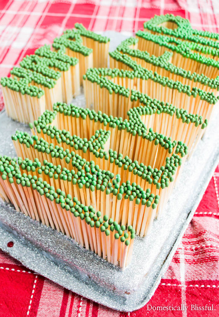 A Happy New Year's Matches Sign that can double as New Year's party decor & a bright way to bring in the new year!