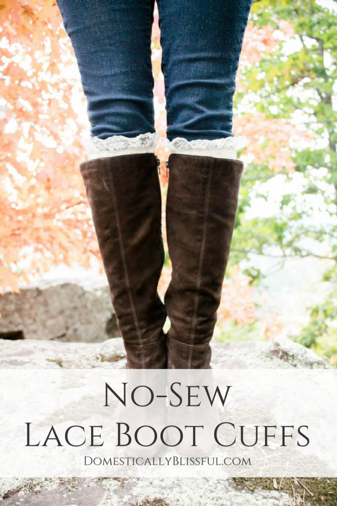 Create your own No-Sew Boot Cuffs to keep your legs warm & stylish all season!