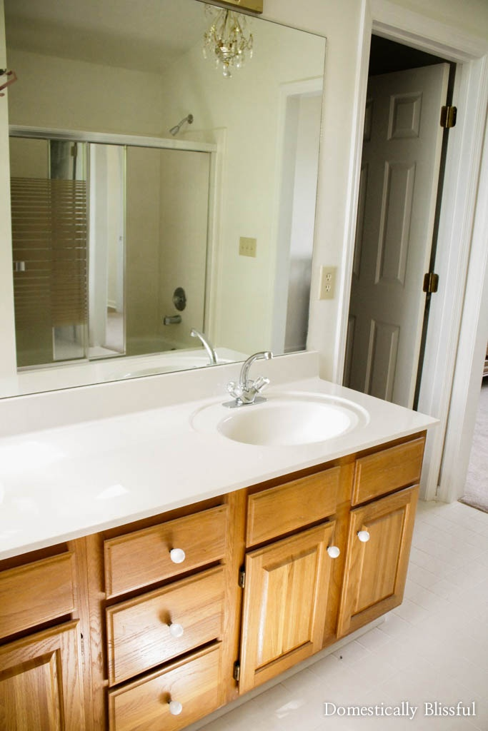 Master bathroom reveal of a completely renovated 1980's bathroom.