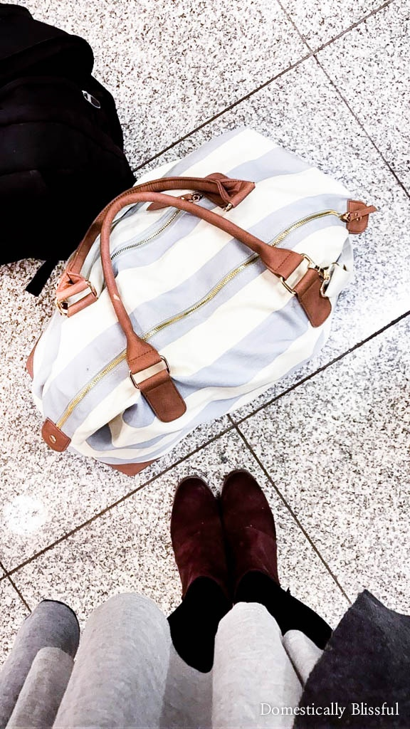 10 travel accessories you need for an overnight flight to arrive well rested & ready for adventure.