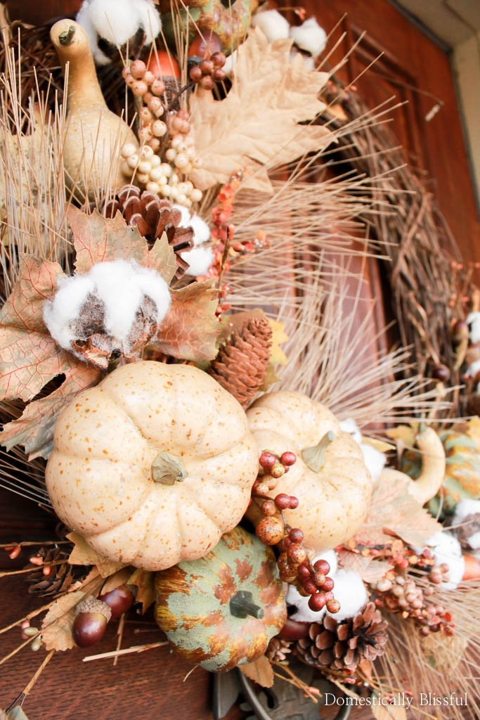 Create your own neutral fall wreath to decorate your home or office this season in under 10 minutes.