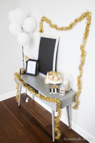 5 Easy Tips for Decorating a New Years Eve Party