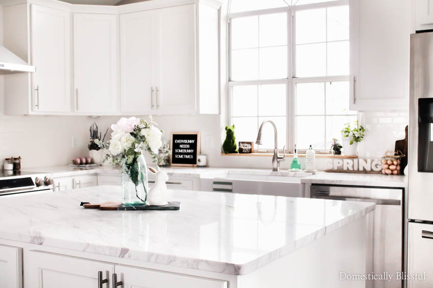 A mini spring kitchen decor tour to inspire & brighten your day.
