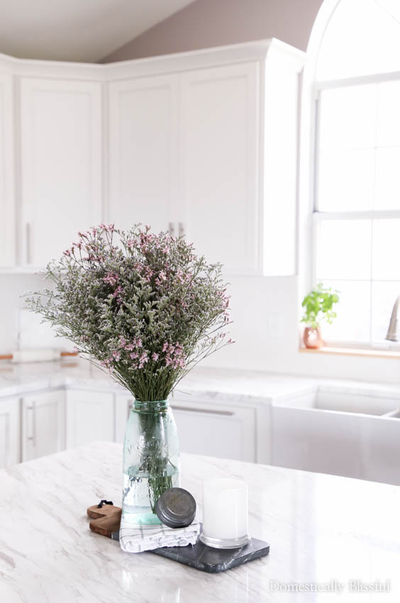 5 ways to decorate your home with fresh flowers this spring.