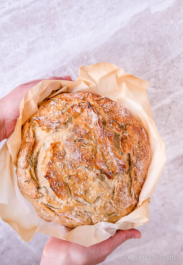 Sea Salt Rosemary No-Knead Bread