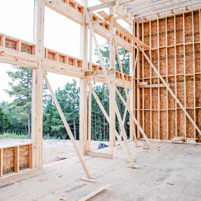 5 Ways to Stay on Budget While House Building