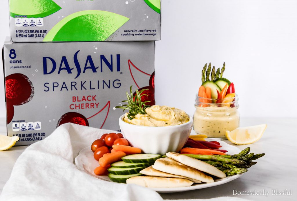 This Lemon Rosemary Hummus is bursting with fresh flavor & pairs perfectly with colorful vegetables & DASANI® Sparkling.