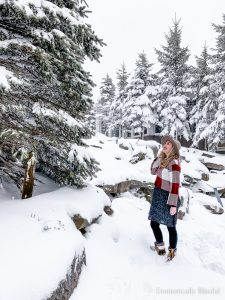 Snowy weather layers outfit inspiration while in West Virginia.