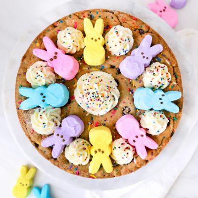 PEEPS® Cookie Cake