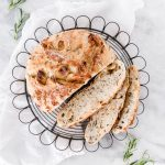 This Roasted Garlic Rosemary No-Knead Bread will make your kitchen smell like an Italian bakery in the best of ways!