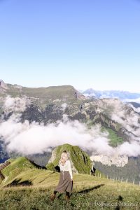 What to wear in Switzerland plus 5 Switzerland outfit tips for a summer or fall vacation in Europe.