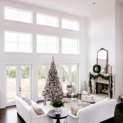 Living Room Christmas Decor