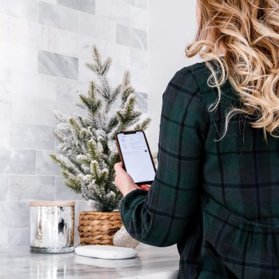 3 Ways to Save Your Memories with the Ixpand Wireless Charger Sync