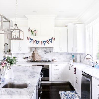 Simple Patriotic Kitchen Decor