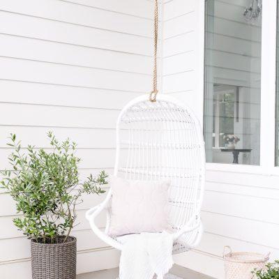 Cozy Summer Outdoor Nook